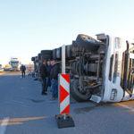 "Турски тир се обърна на автомагистрала ""Марица"" край Свиленград"