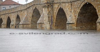 В Свиленград от началото на денонощието са паднали 40.8 литра на квадратен метър валежи
