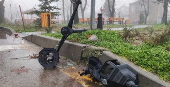 "Хлапе е регистрирано от камери да троши в свиленградския парк ""Сухата река"""