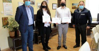 Националната асоциация на доброволците в България отличи кмета и секретаря на общината и доброволческия отряд на Свиленград