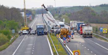 """Внимание: Движението по АМ """"Марица"""" веднага след пътен възел """"Свиленград"""" в посока Хасково е ограничено /снимки/"""