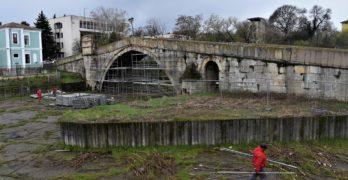 Започна реставрацията на Гърбавия мост в Харманли