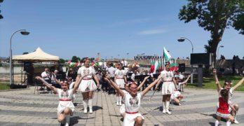 Празничен концерт за 24 май се проведе на сцената, над река Марица, до Стария мост в Свиленград