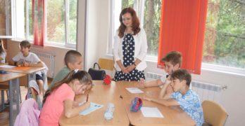 Виолета Желева, зам-областен управител: Важно е подобряването на качеството на образованието чрез въвеждането на иновативни елементи