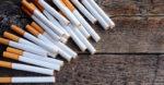 Свиленградските полицаи спипаха младеж пред магазин с 9 кутии цигари