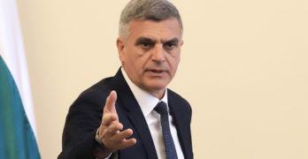 Премиерът Стефан Янев: Всички машини, необходими за провеждането на предсрочните парламентарни избори на 11 юли, вече са налични