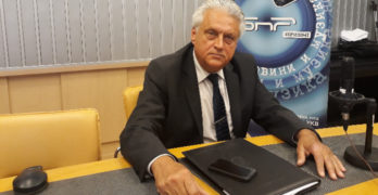 Списък с избиратели и визитна картичка на Георги Станков открити в частна къща в свиленградско село