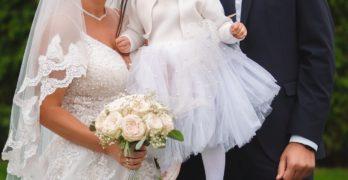 """Млади свиленградчани дариха 1 100 лева от сватбата си на фондация """"""""Искам бебе!"""""""